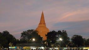 большая пагода на рынке вечера Стоковое Изображение
