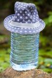 Большая пластичная шляпа свежей воды бутылки Стоковое фото RF