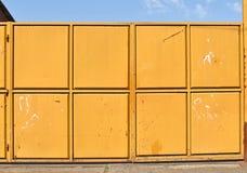 Большая промышленная дверь металла фабрики Стоковое Фото