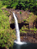 большая радуга острова Гавайских островов падений стоковое изображение rf