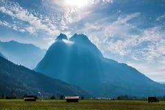 Большая скалистая гора в Баварии, Германии Стоковые Изображения RF