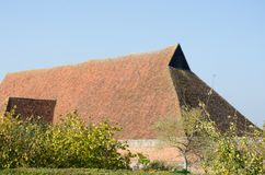 Большая старая крыша амбара Стоковые Изображения