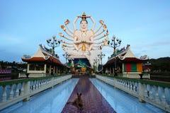 большая статуя buddhas стоковое изображение rf