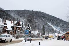 Большая стропилина середин krokiew Krokiew 9in польская один - самая большая - из лыжных трамплинов построенная на наклоне горы K стоковое фото rf