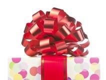 большая тесемка красного цвета подарка смычка Стоковая Фотография