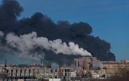 большая электрическая станция пожара стоковые фотографии rf