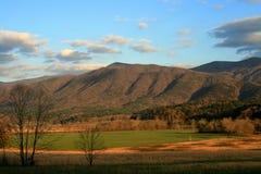 большие горы закоптелые Стоковая Фотография