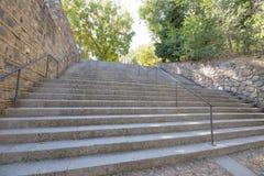Большие лестницы идя вверх в город Toledo Стоковые Изображения