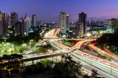 Большинств известный виадук в городе Сан-Паулу, Бразилии стоковые фото