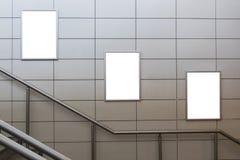 3 больших афиши пробела ориентации вертикали/портрета с предпосылкой лестниц стоковые фотографии rf