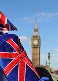 Большое Бен с флагом Стоковая Фотография