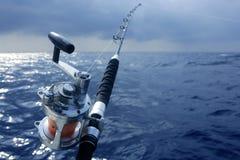 большое глубокое море obat игры рыболовства стоковая фотография rf