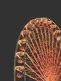 Большое колесо на ярмарке потехи на ноче Стоковое Изображение RF