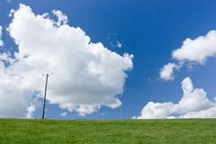 Большое небо на южных спусках, Telscombe, восточное Сассекс, Великобритания стоковые изображения
