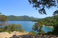 Большое озеро в национальном парке, Mljet стоковые изображения