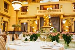 Большое ресторанное обслуживаниа Стоковые Фото