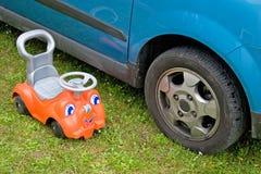 большой автомобиль малый Стоковая Фотография
