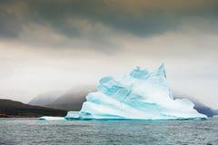 Большой айсберг в западной Гренландии Стоковые Изображения