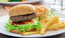 Большой гамбургер Стоковые Изображения