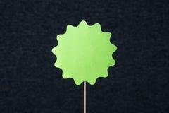 Большой зеленый форменный круг отрезанный от картона Стоковая Фотография RF