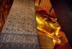 Большой золотой Будда в Бангкоке Стоковая Фотография RF