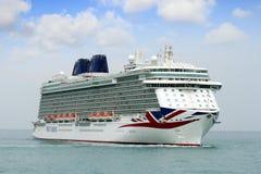 Большой круиз Britannia P&O Компании стоковая фотография