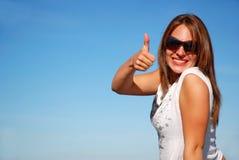 большой пец руки вверх по женщине Стоковые Фото