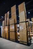 Большой сляб сырцовой древесины Стоковая Фотография RF