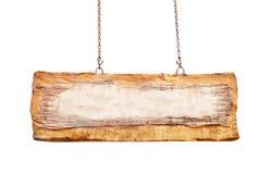 Большой старый коричневый деревянный висеть знака изолированный на белой предпосылке с путем клиппирования стоковые изображения rf