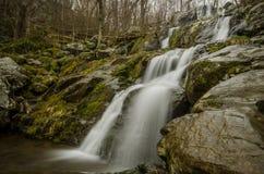 Большой multi водопад шага в ненастной погоде Стоковые Фотографии RF