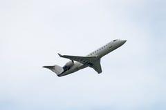 Бомбардье CRJ-200 Стоковые Фото