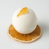 Бомба ванны соли украсила апельсин Стоковые Фото