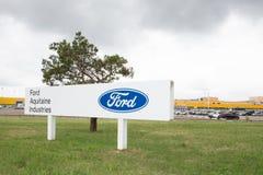 Бордо Blanquefort, Аквитания Франция - 06 14 2018: Форд планирует закрыть свой завод коробки передач Blanquefort в югозападной Фр Стоковые Изображения RF