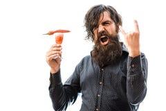 Бородатый человек с спиртным коктеилем Стоковые Фото