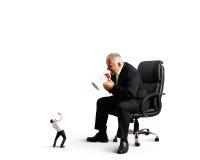 Босс кричащий на малом предпринимателе Стоковая Фотография RF