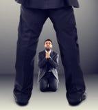 Босс увольняет работника Стоковая Фотография