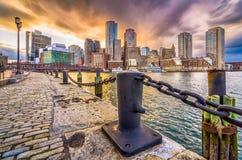 Бостон, Массачусетс, гавань США и горизонт стоковое фото rf