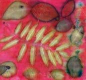 Ботаническая печать с лист печатает на естественном шелке стоковые изображения rf