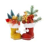 2 ботинка Санта Клауса с украшениями рождества Стоковое Изображение RF