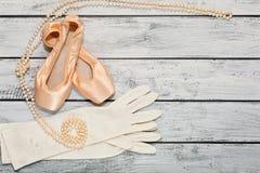 Ботинки балета и элементы костюма этапа стоковые изображения rf