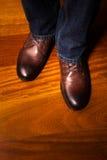 Ботинки Брайна кожаные стоковое изображение rf