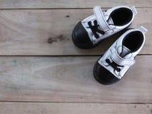 ботинки красного цвета младенца Стоковая Фотография RF