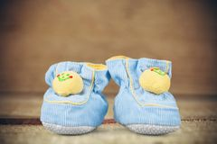 ботинки красного цвета младенца Стоковое Изображение