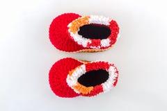 ботинки младенца маленькие Связанное детьми ремесленничество ботинка стоковое изображение rf