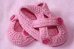 ботинки ребёнка младенческие розовые Стоковые Изображения