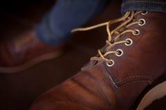 Ботинки старого коричневого ботинка кожаные Стоковые Изображения