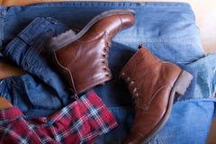 Ботинки с джинсами Стоковое Изображение RF