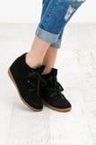Ботинки черноты стоковые изображения