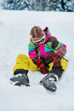 Ботинки лыжи ребенк buckling Стоковые Фотографии RF