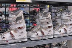 Ботинки лыжи стоковые фото